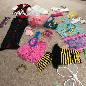 Lot of 9+ dress up outfits/supplies